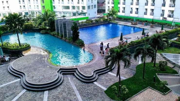 SWIMMING_POOL Apartemen Green Lake View By Hexa Room