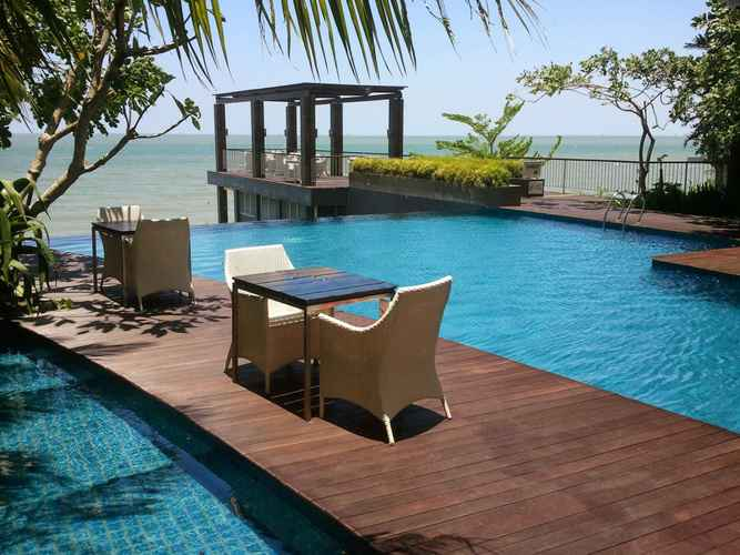 SWIMMING_POOL The Malibu Suites Balikpapan by Sissae Living