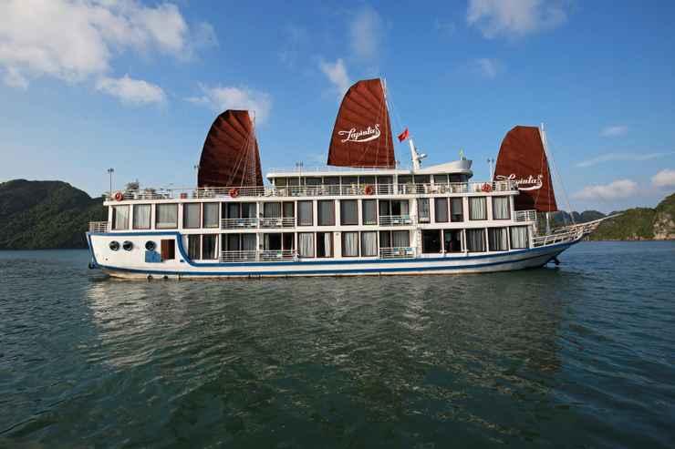 VIEW_ATTRACTIONS La Pinta Cruise