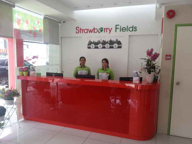 LOBBY Hotel Strawberry Fields