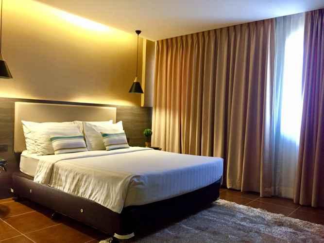 BEDROOM Home Crest Hotel