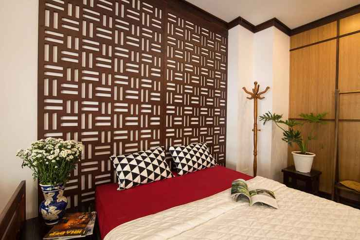 BEDROOM B Home - Balcony Studio
