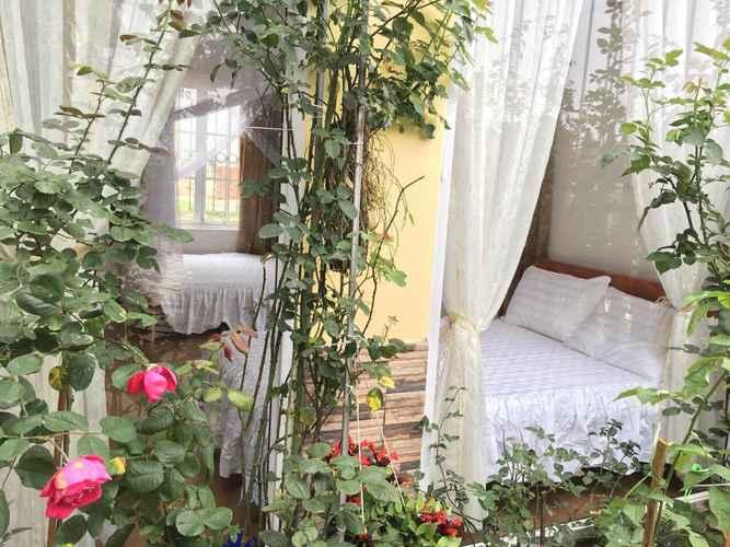 BEDROOM Rose Homestay