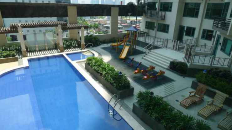 EXTERIOR_BUILDING ✪ Couples Getaway ✪ Epic City Views ✪ Nice Pool ✪
