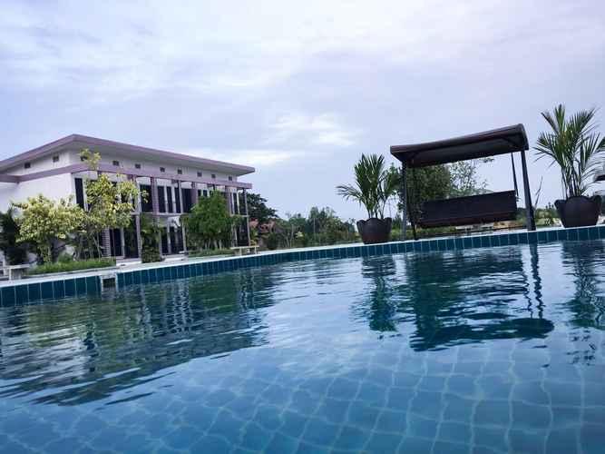 SWIMMING_POOL Menam Resort