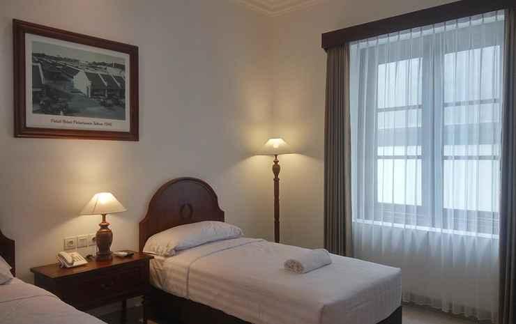 Daroessalam Syariah Heritage Hotel Pasuruan - Deluxe Twin