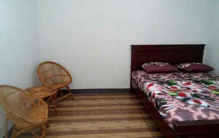 Hazza Family Homestay Garut - Hazza Room (check in max 22:00)