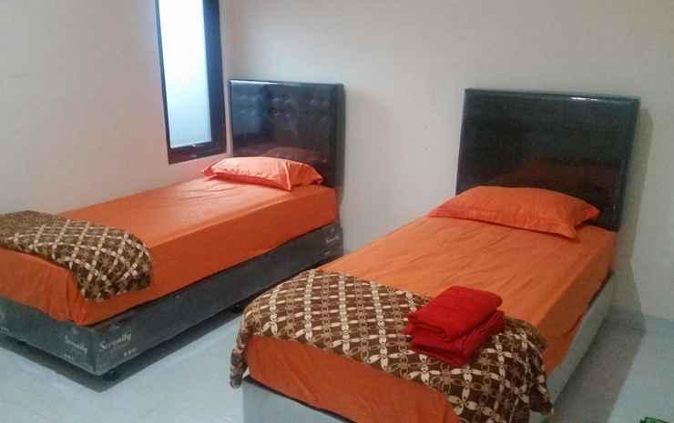 Iora hotel Bekasi - Deluxe Twin Room Only