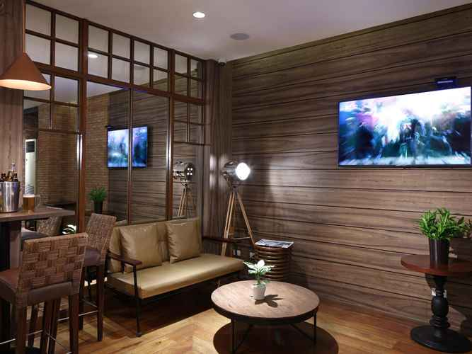 BAR_CAFE_LOUNGE Manila Lotus Hotel