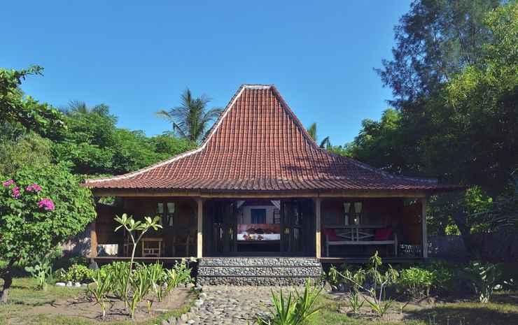 Desa Dunia Beda Beach Resort Lombok - Joglo Villa Sea View
