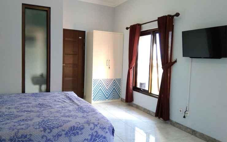 Cozy Room at Mrican Residence Syariah Yogyakarta - Family Room