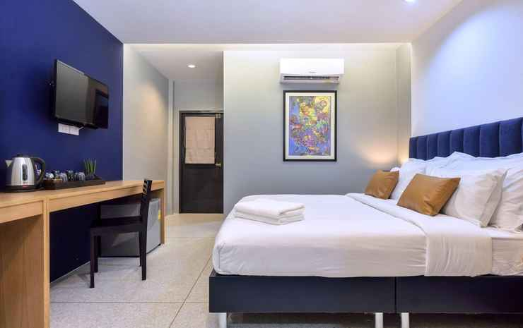 Castle Black BKK Bangkok - Deluxe Double with Balcony (Room Only FC)