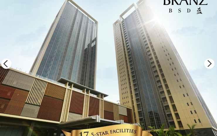 Luxury Room at Branz BSD Near AEON ICE BSD Tangerang Selatan -