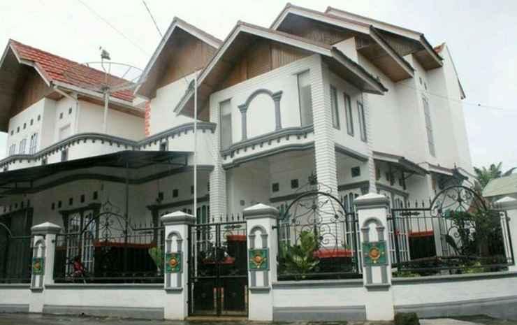 Rumah Gadang Homestay Bukittinggi -
