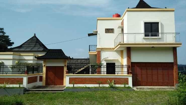 EXTERIOR_BUILDING 3 Bedrooms at Villa Suluh