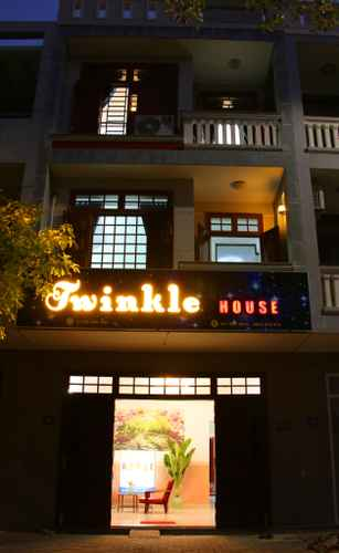 EXTERIOR_BUILDING Twinkle House