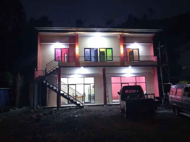 EXTERIOR_BUILDING Penginapan Alesha