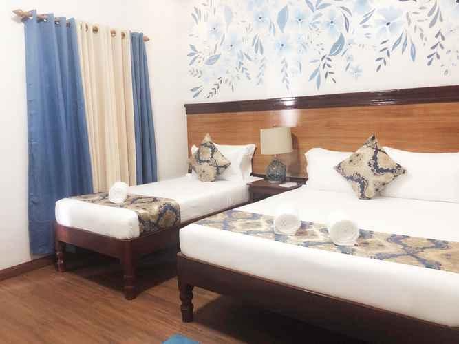 BEDROOM Blue Waters Inn Coron Palawan