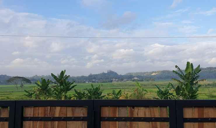 VIEW_ATTRACTIONS Villa Kayu Yogyakarta