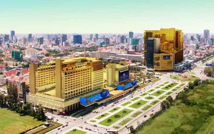 EXTERIOR_BUILDING NagaWorld Hotel & Entertainment Complex!