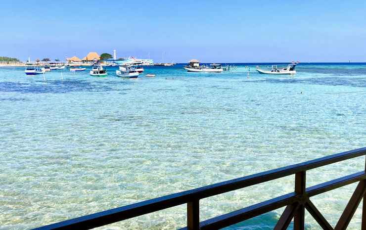 Blue Laguna Inn Jepara - Double with terrace and full sea view