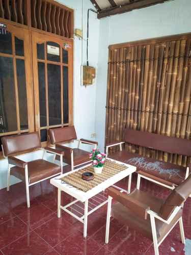 LOBBY Alexiz Hostel