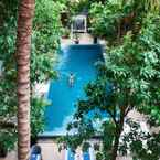 SWIMMING_POOL Blue Lime