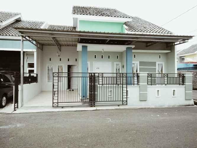 EXTERIOR_BUILDING Fajri Homestay & Guest House Cilacap