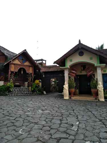 EXTERIOR_BUILDING Villa Sumbing Indah