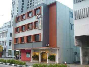 EXTERIOR_BUILDING Accordian Hotel