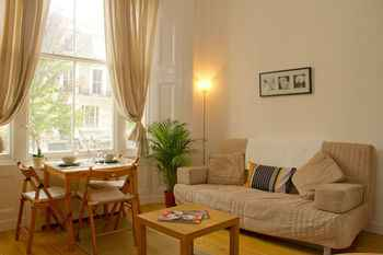 COMMON_SPACE Irwin Apartments at Notting Hill