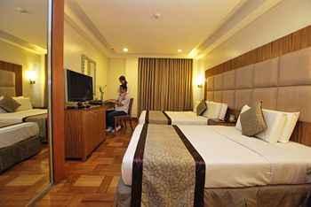 BEDROOM Lotus Garden Hotel