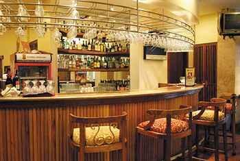 BAR_CAFE_LOUNGE Lotus Garden Hotel
