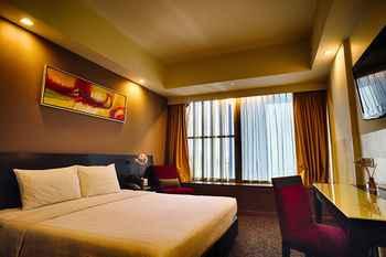 BEDROOM Hilton Garden Inn Singapore Serangoon (formerly Grand Imperial Hotel)