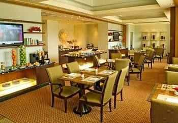RESTAURANT Cebu City Marriott Hotel