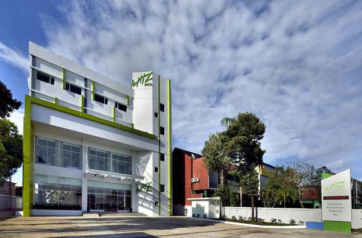 EXTERIOR_BUILDING Whiz Prime Hotel Sudirman Cilacap (Formerly Whiz Sudirman Cilacap)