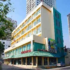 Aloha Hotel Manila