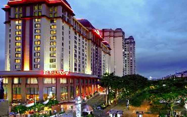 Redtop Hotel & Convention Center Jakarta - Room Club Deluxe