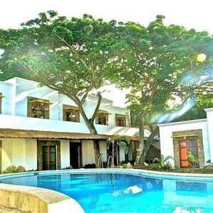 Acacia Tree Garden Hotel Palawan