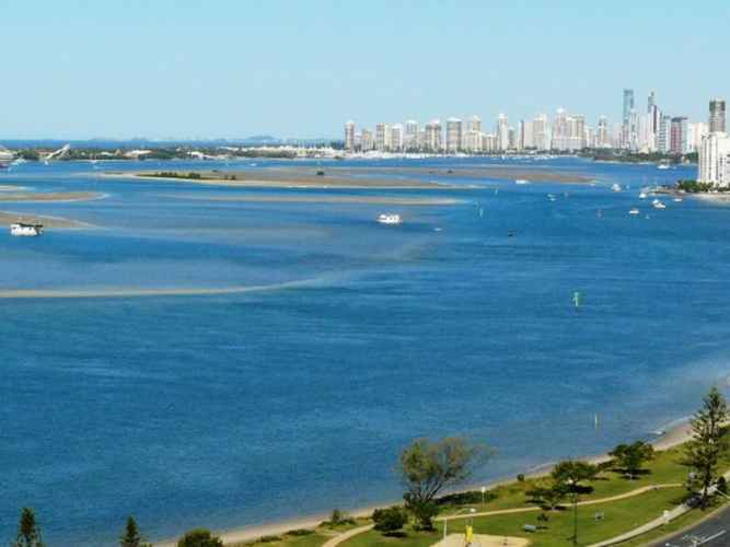 VIEW_ATTRACTIONS Broadwater Shores