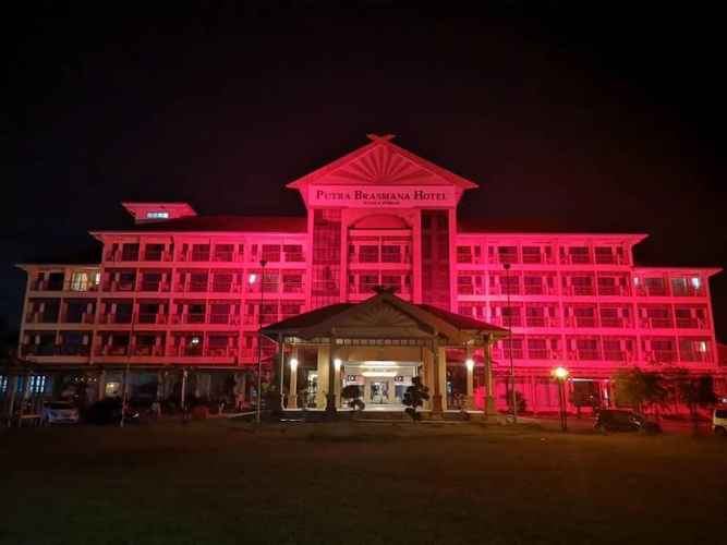 EXTERIOR_BUILDING Putra Brasmana Hotel