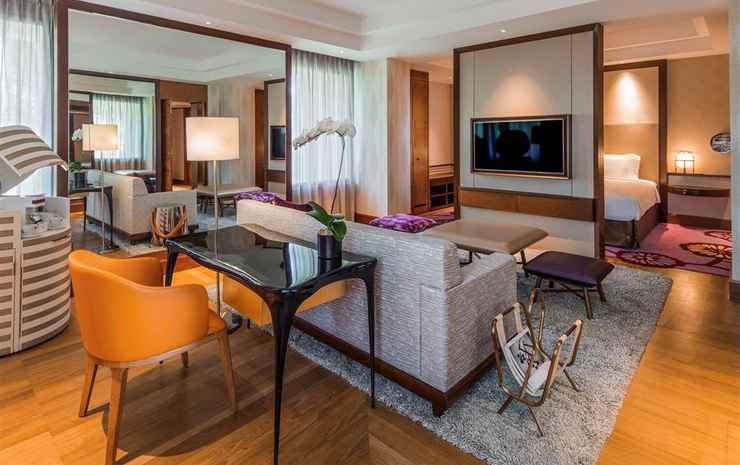 Sofitel Singapore Sentosa Resort & Spa Singapore - Family Room Luxury Family Room, 1 King Bed And 1 Twin Beds