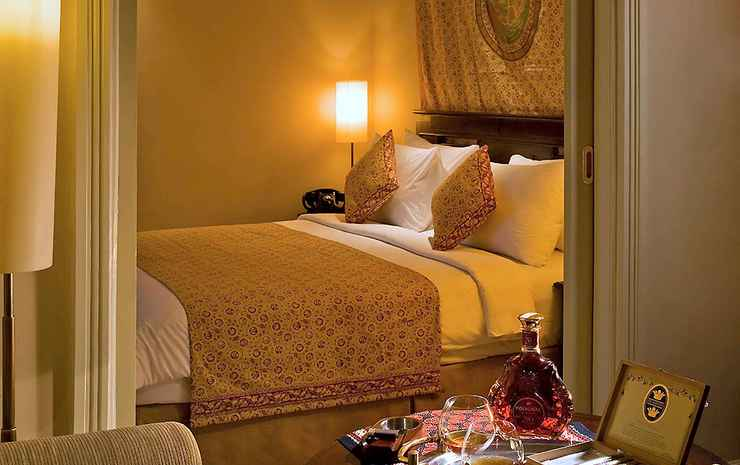 The Phoenix Hotel Yogyakarta - MGallery Collection Yogyakarta - Double Phoenix Executive, King Size Bed