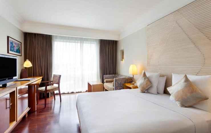 Novotel Semarang Semarang - Double Standard Room With 1 Queen Size Bed