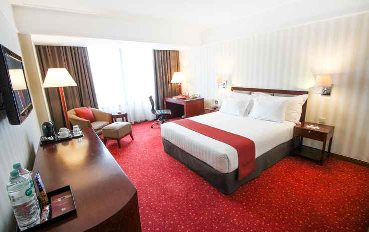 Redtop Hotel & Convention Center Jakarta - Double Or Twin Deluxe