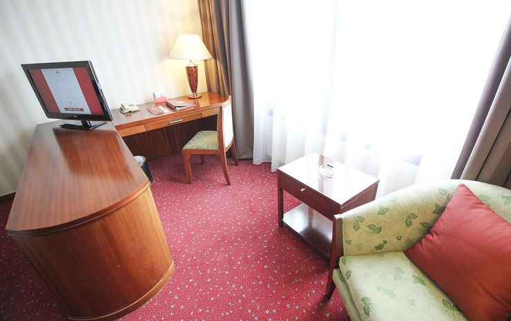 Redtop Hotel & Convention Center Jakarta - Double Or Twin Superior