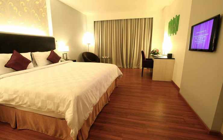 Mercure Banjarmasin Banjarmasin - Double Deluxe Room With 1 Double Bed, Pool View