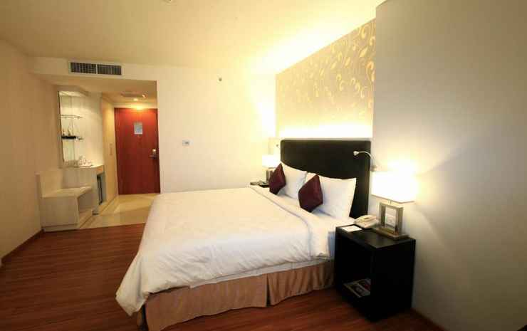 Mercure Banjarmasin Banjarmasin - Double Superior Room With 1 Queen Sized Bed City View