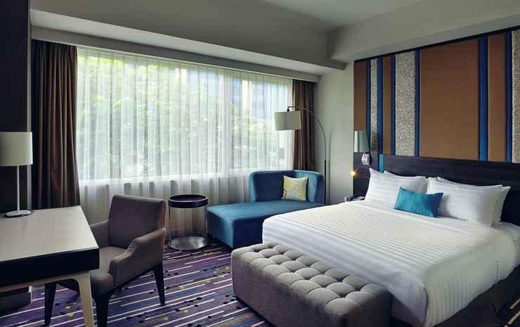 Mercure Serpong Alam Sutera Tangerang Selatan - Double Superior 1 Queen Bed Pool View