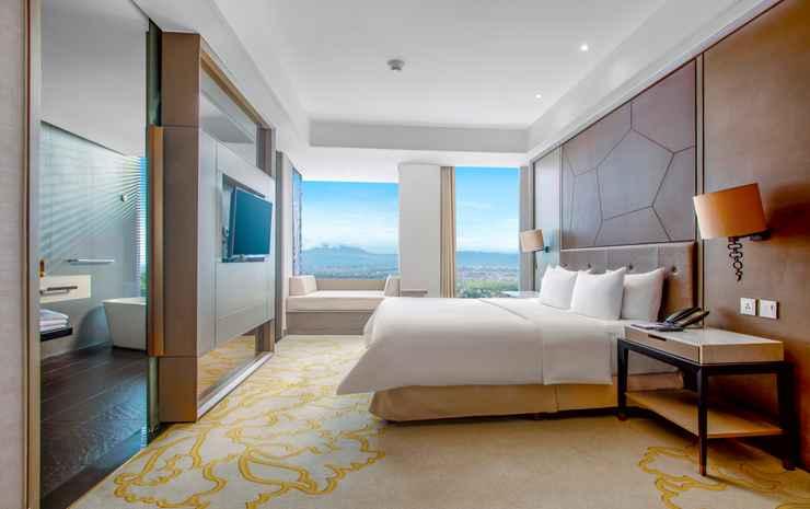 InterContinental Bandung Dago Pakar Bandung - Double 1 King Premium Golf View With Daybed